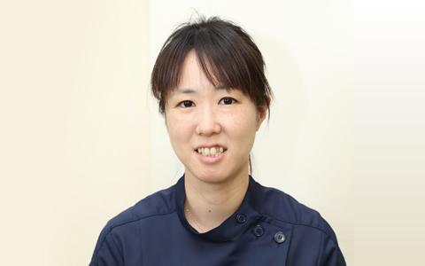 歯科医師 神田 詩織