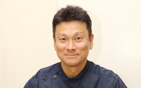 歯科医師 島北 寛仁